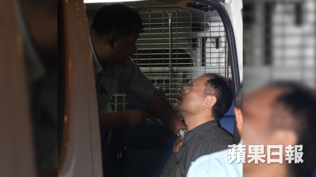 「共產黨」炒車撻朵 阿Sir:我係香港警察